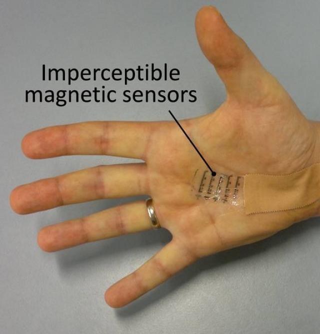 Specjalny Elektroniczny Tatuaż Pozwoli Człowiekowi Poczuć Pole